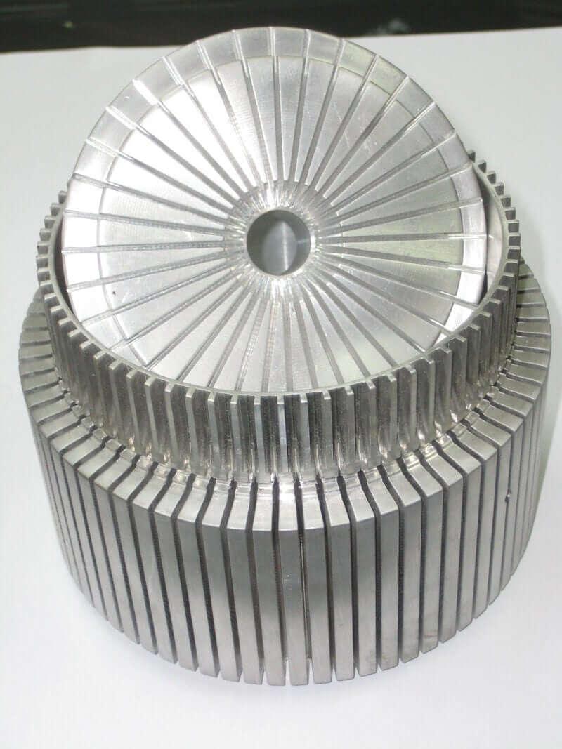 Compound Cylinder / Ribber